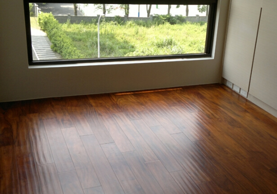 仿古地板保养与维修方法