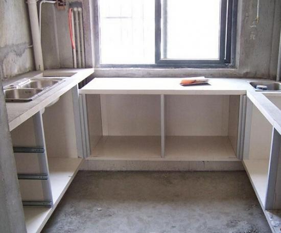 厨房水泥橱柜真的很实用