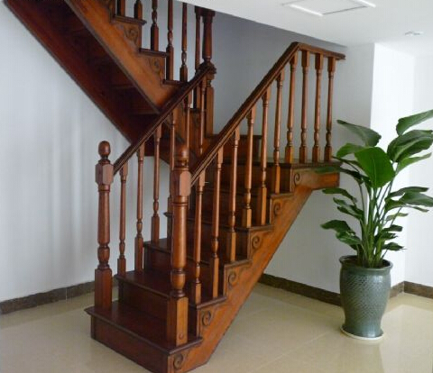 楼梯栏杆扶手的高度标准是什么图片