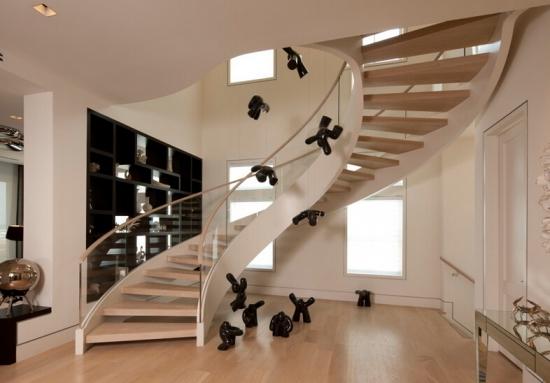 请问旋转楼梯的直径是多少