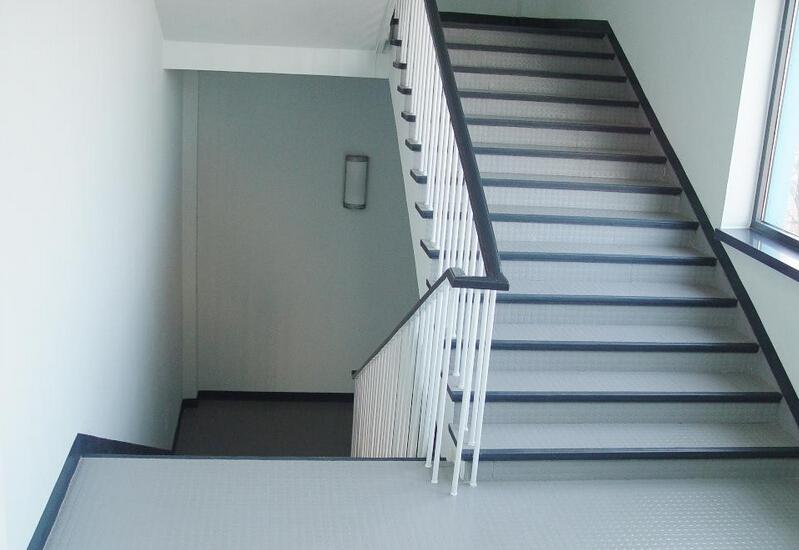瓷砖楼梯踏步板怎么样 瓷砖楼梯踏步板好不好