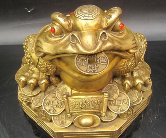 三脚金蟾,古代玉器,是真是假?值多少钱?