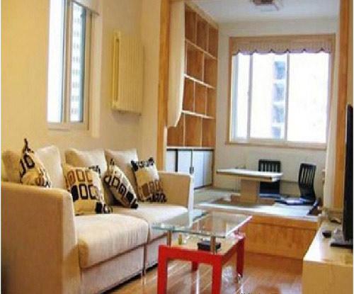 简约风格带阳台主卧室装修效果图日式的坐垫在此带阳台的主卧室装