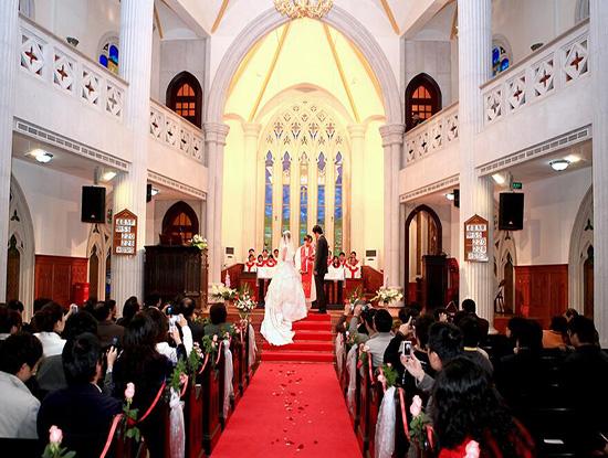 教堂婚礼多少钱