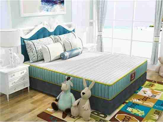 婴儿睡软床垫好不好?怎么挑?