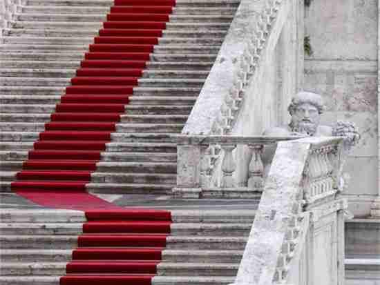 家用楼梯地毯一般用哪种?
