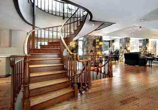 木楼梯扶手多少钱