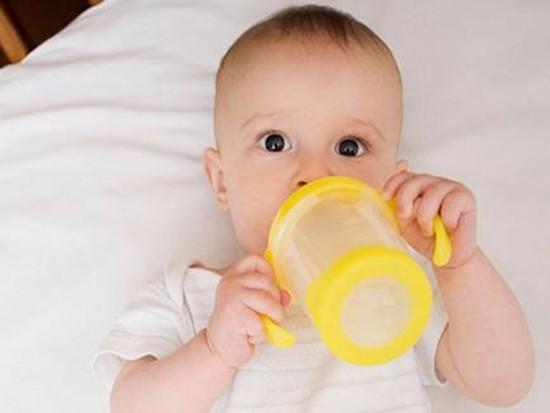 pp材质的奶瓶能用多久