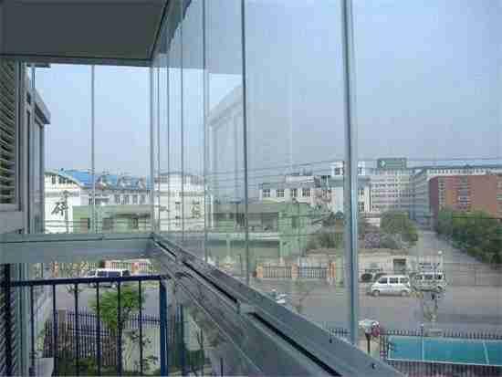 高层封阳台玻璃好不好