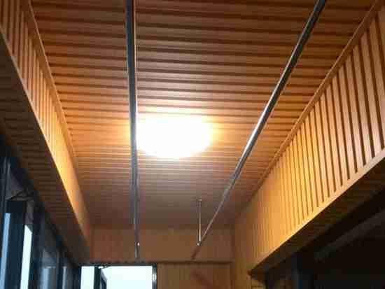 阳台吊顶用松木好不好