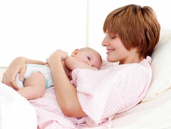 刚分娩的产妇吃什么